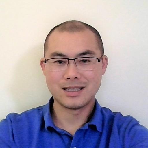 Tony Tzeng headshot